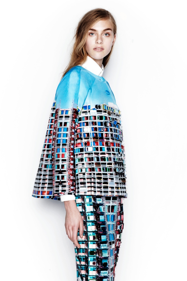 mary-katrantzou-resort2014-runway-12_105139311794